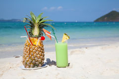 Pinaapple Cocktail Lizenzfreies Stockfoto