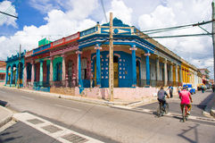 PINAR DEL RIO KUBA - SEPTEMBER 10, 2015: I stadens centrum Arkivfoton