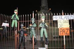 Pinatas messicani che gridano per la pace Immagini Stock