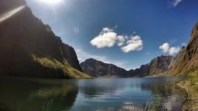 Pinatubo Crater湖 免版税库存图片