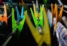 Pince à linge colorée Photo libre de droits