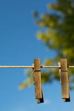 Pince à linge en bois Images libres de droits