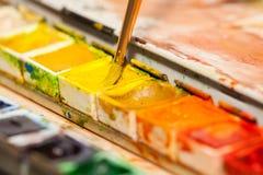 Boîte de peintures Photo libre de droits