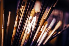 Pinceaux de peinture à l'huile Images stock