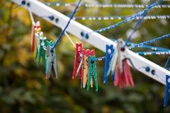 Pinces à linge colorées Photo libre de droits