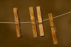 Pinces à linge en bois Image stock