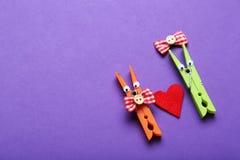 Pinces à linge en plastique Photo stock