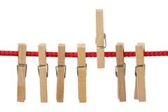 Pinces à linge sur la corde Photographie stock