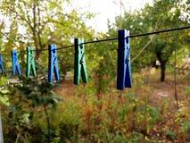 pinces pour des vêtements Photographie stock libre de droits