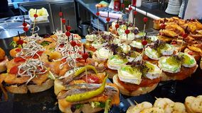 Pinchos στο εστιατόριο στο Μπιλμπάο στοκ φωτογραφία με δικαίωμα ελεύθερης χρήσης