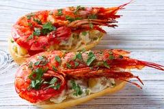 Pinchos de crevette avec des tapas de l'Espagne de fruits de mer Images stock