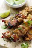 Pinchos tailandeses del pollo imagenes de archivo