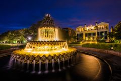 The Pineapple Fountain at night, at the Waterfront Park in Charleston, South Carolina stock photo