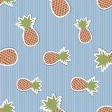 Pineapple pattern. Seamless texture with ripe red pineapples Royalty Free Stock Photos
