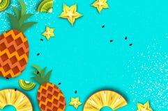 Pineappple, carambola, quivi Ananás e starfruit verão no estilo do corte do papel Fatias maduras suculentas do origâmi Fresco sau Fotos de Stock