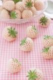 Pineberries Imágenes de archivo libres de regalías