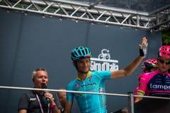 Pinerolo, Италия 27-ое мая 2016; Мишель Scarponi, команда Астаны, к подписям подиума перед началом этапа Стоковые Изображения RF