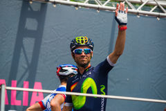 Pinerolo, Италия 27-ое мая 2016; Alejandro Valverde, команда Movistar, к подписям подиума перед началом этапа Стоковые Фото