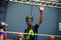 Pinerolo, Италия 27-ое мая 2016; Alejandro Valverde, команда Movistar, к подписям подиума перед началом этапа Стоковое фото RF