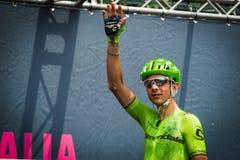 Pinerolo, Италия 27-ое мая 2016; Davide Formolo, команда Cannondale, к подписям подиума перед началом трудного sta горы Стоковая Фотография