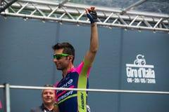 Pinerolo, Италия 27-ое мая 2016; Diego Ulissi, команда Lampre, к подписям подиума перед началом трудного этапа горы Стоковая Фотография RF