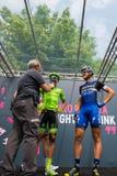Pinerolo, Италия 27-ое мая 2016; Moreno Moser, команда Cannondale, с Trentin и Brambilla к подписям подиума перед стартом Стоковое фото RF