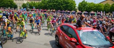 Pinerolo, Italië 27 Mei, 2016; Begin van het stadium van de Reis van Italië van binnenuit de groep, Royalty-vrije Stock Foto