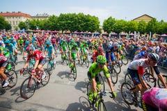 Pinerolo, Italie le 27 mai 2016 ; Début de l'étape de la visite de l'Italie de l'intérieur du groupe, Photographie stock