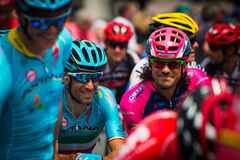 Pinerolo, Italie le 27 mai 2016 ; Vincenzo Nibali, équipe d'Astana, concentrée dans le groupe avant le début de l'étape dure de m Image libre de droits