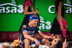 Pinerolo, Włochy Maj 26, 2016; Matteo Trentin na podium po wygrywać scenę Obraz Stock