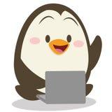 Pingüino del carácter con vector del ordenador portátil ilustración del vector