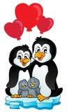 Pingüinos de la tarjeta del día de San Valentín en el iceberg Fotografía de archivo