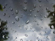 Pingo de chuva na janela Fotos de Stock