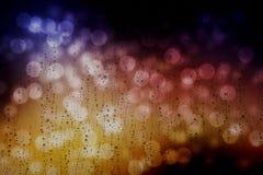 Pingos de chuva em uma janela Foto de Stock