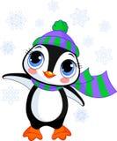 Pingouin mignon de l'hiver avec le chapeau et l'écharpe Photographie stock libre de droits
