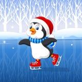 Pinguim bonito dos desenhos animados que faz a patinagem no gelo com fundo do inverno Imagens de Stock