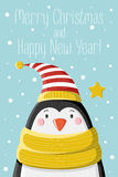 Pinguim em tampão listrado Imagem de Stock