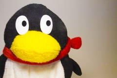 Pinguino molle del giocattolo immagini stock