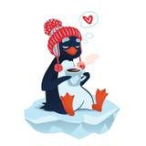 Pinguino sveglio con la tazza di caffè Fotografia Stock Libera da Diritti