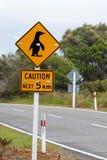 Pinguins di avvertenza del segno Fotografie Stock Libere da Diritti
