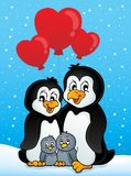 Pinguins do Valentim na neve Fotos de Stock Royalty Free