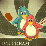 Pinguïn met roomijs Royalty-vrije Stock Foto's
