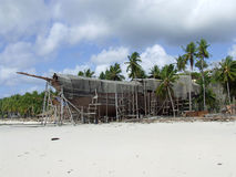 Pinisi building on beach Bira Sulawesi Royalty Free Stock Photography