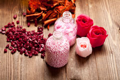 Pink bath salt Royalty Free Stock Photos