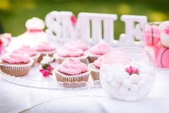 Pink cakes on the table Royalty Free Stock Photos
