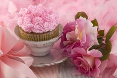 Pink Cupcake in a Teacup Stock Photography