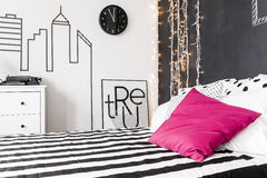 Pink decor in bedroom Royalty Free Stock Photo