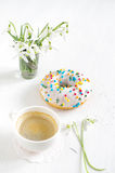 Pink donut and coffee Royalty Free Stock Photos