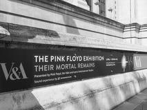 Pink Floyd wystawa przy VA muzeum w Londyński czarny i biały zdjęcie royalty free