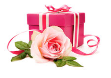 Pink gift box and a rose Royalty Free Stock Photo